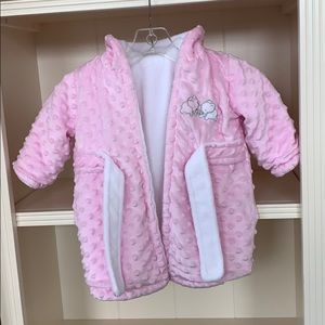 Other - Blankets & Beyond Pink Dotted Super Soft Baby Robe